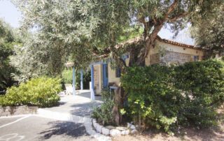 rent a house stoupa